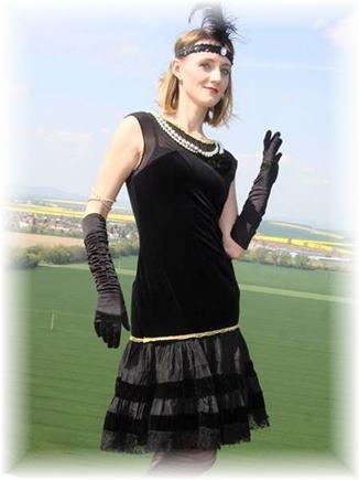 Kostým kabaret sametové šaty M